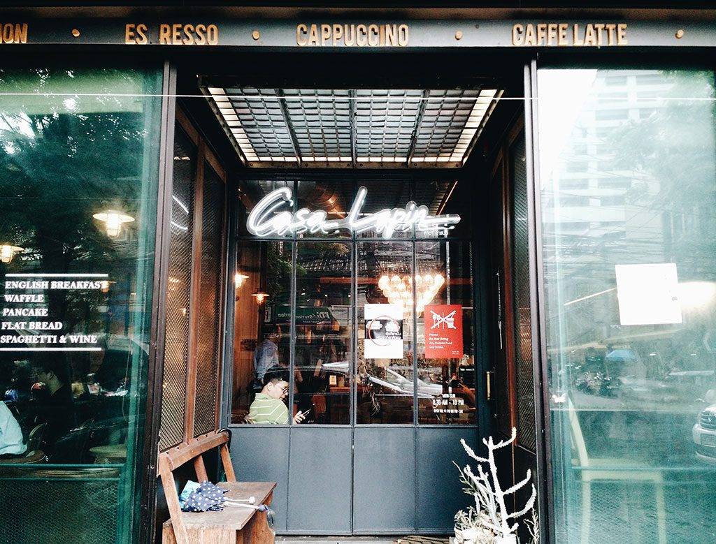 best-cafes-in-bangkok-casa-lapin-03-hippiedreamer